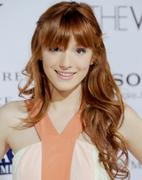 http://img226.imagevenue.com/loc102/th_177696670_BellaThorne_TheVow_HollywoodPremiere_12_122_102lo.jpg