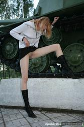 [Image: th_032928259_tduid2978_Pantyhose_Outdoor..._139lo.jpg]