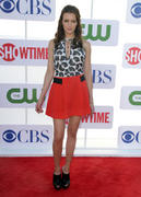 http://img226.imagevenue.com/loc153/th_644509853_Katie_Cassidy_CW_CBS_Showtime_Summer_TCA_Party5_122_153lo.jpg