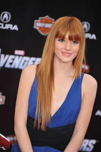 http://img226.imagevenue.com/loc186/th_246475303_Bella_Thorne_The_Avengers_Premiere_J0001_0008_122_186lo.jpg