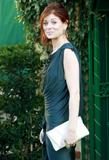 th_05255_Debra_Messing_arrives_at_Diamond_Fashion_Show_Preview_CU_ISA_27_122_47lo.jpg