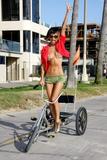 "in bikini on the beach in Venice, May 4 - in bikini on the beach takes a break from shooting 'Crank 2: High Voltage' in Venice, May 4 Foto 390 (В бикини на пляже в Венеции, 4 мая - в купальнике на пляж занимает отдохнуть от съемок ""Crank 2: High Voltage"" в Венеции, 4 мая Фото 390)"