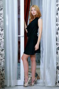 Adele Shaw - Weuda [Zip] 56ghe99kl3.jpg